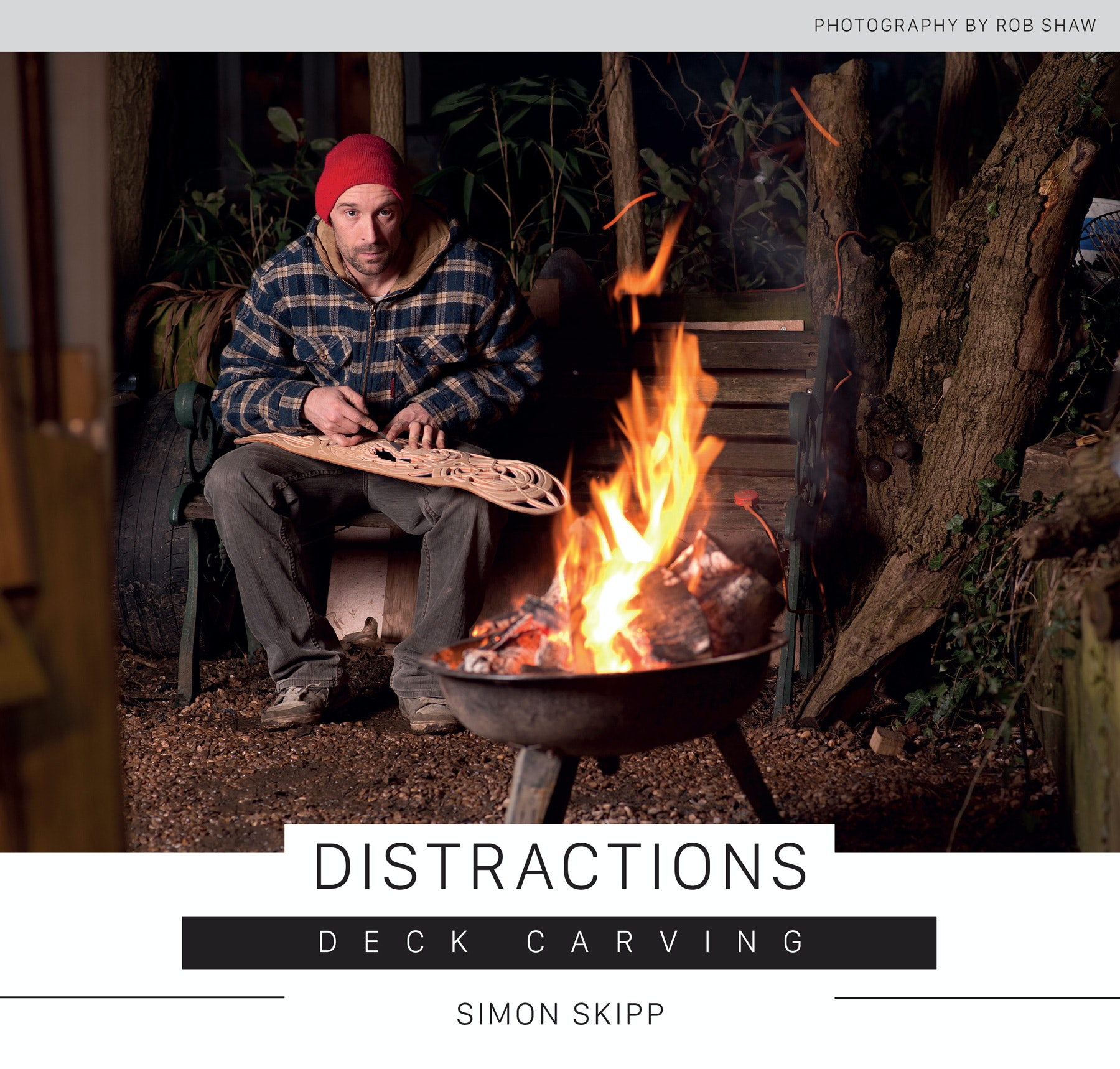 Simon Skipp – Distractions