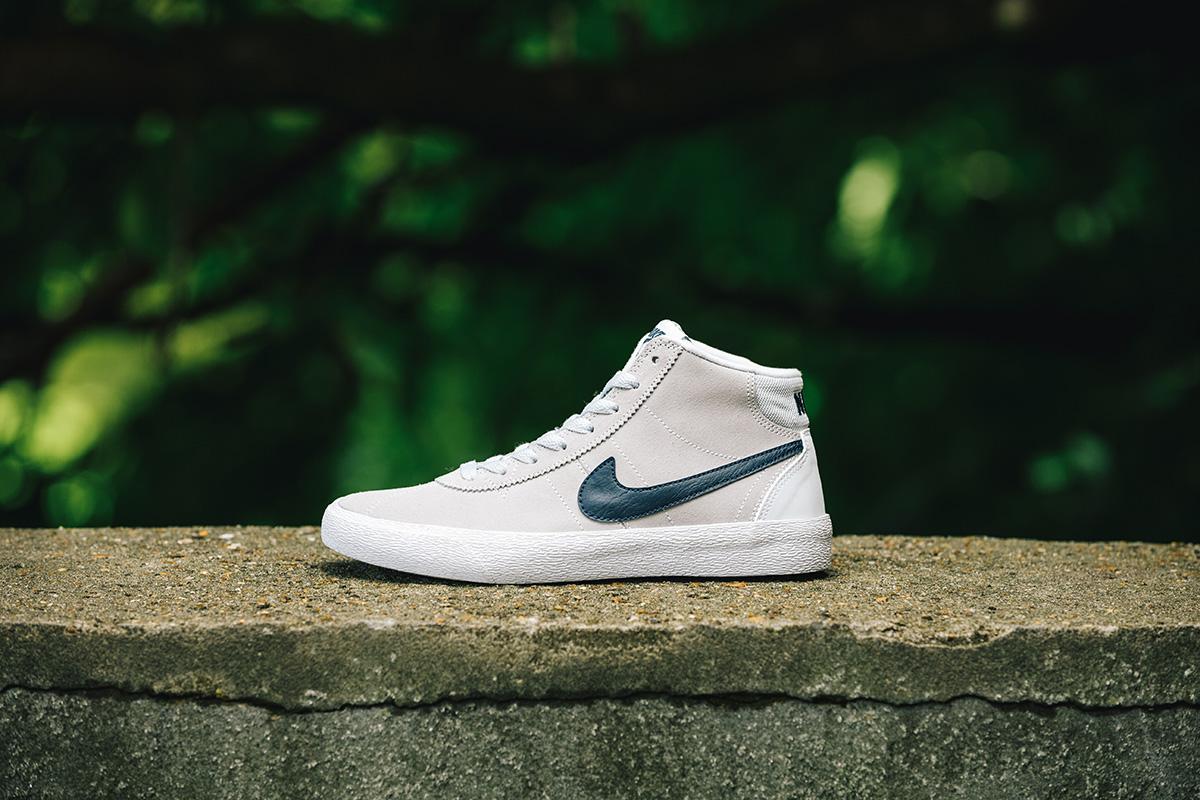 Nike SB - Skateboard Shoe Review - Women's Brui...