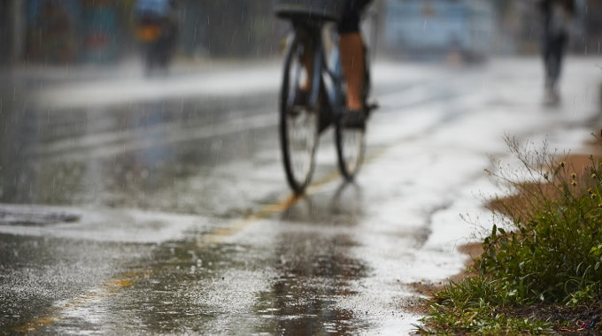rain wet road weather commuting safety
