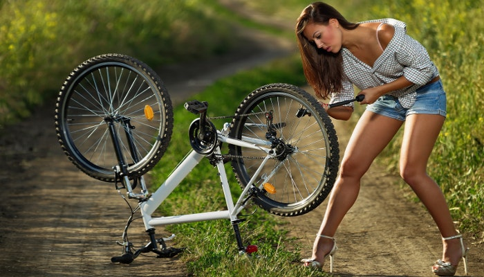 bike maintenance flat tyre puncture repair