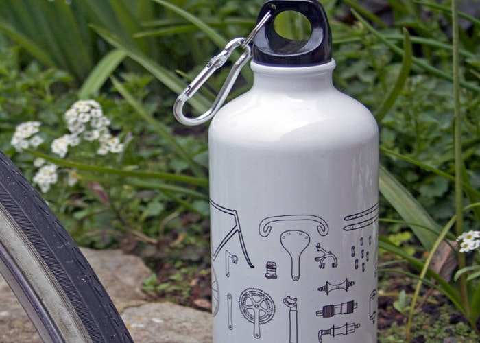 bicycle water bottle hydration