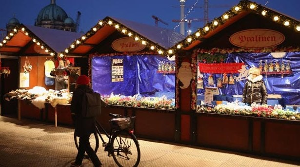 christmas markets by bike
