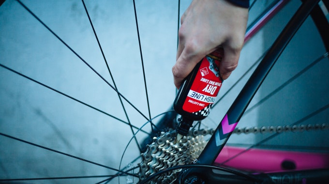 lube wheel maintenance road bike adjust fix commuter