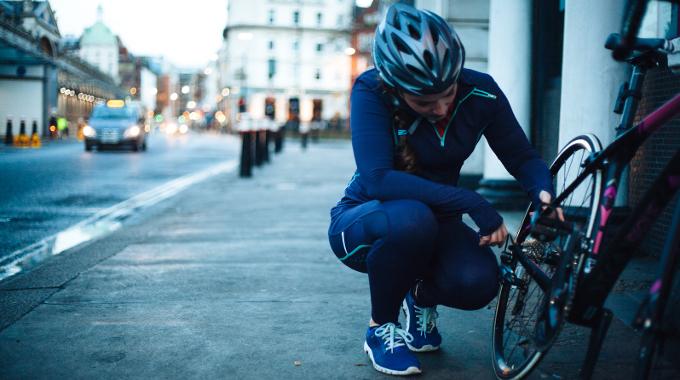 maintenance road bike adjust fix commuter city urban