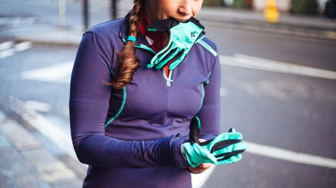 commuter gloves style fashion city urban accessory winter