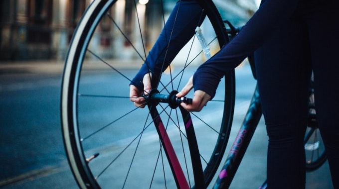 road wheel maintenance fix adjust quick release