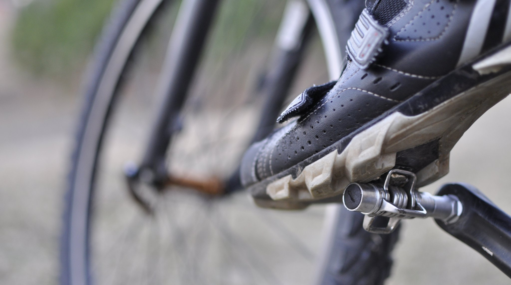 clipless-shoe-and-pedals ed