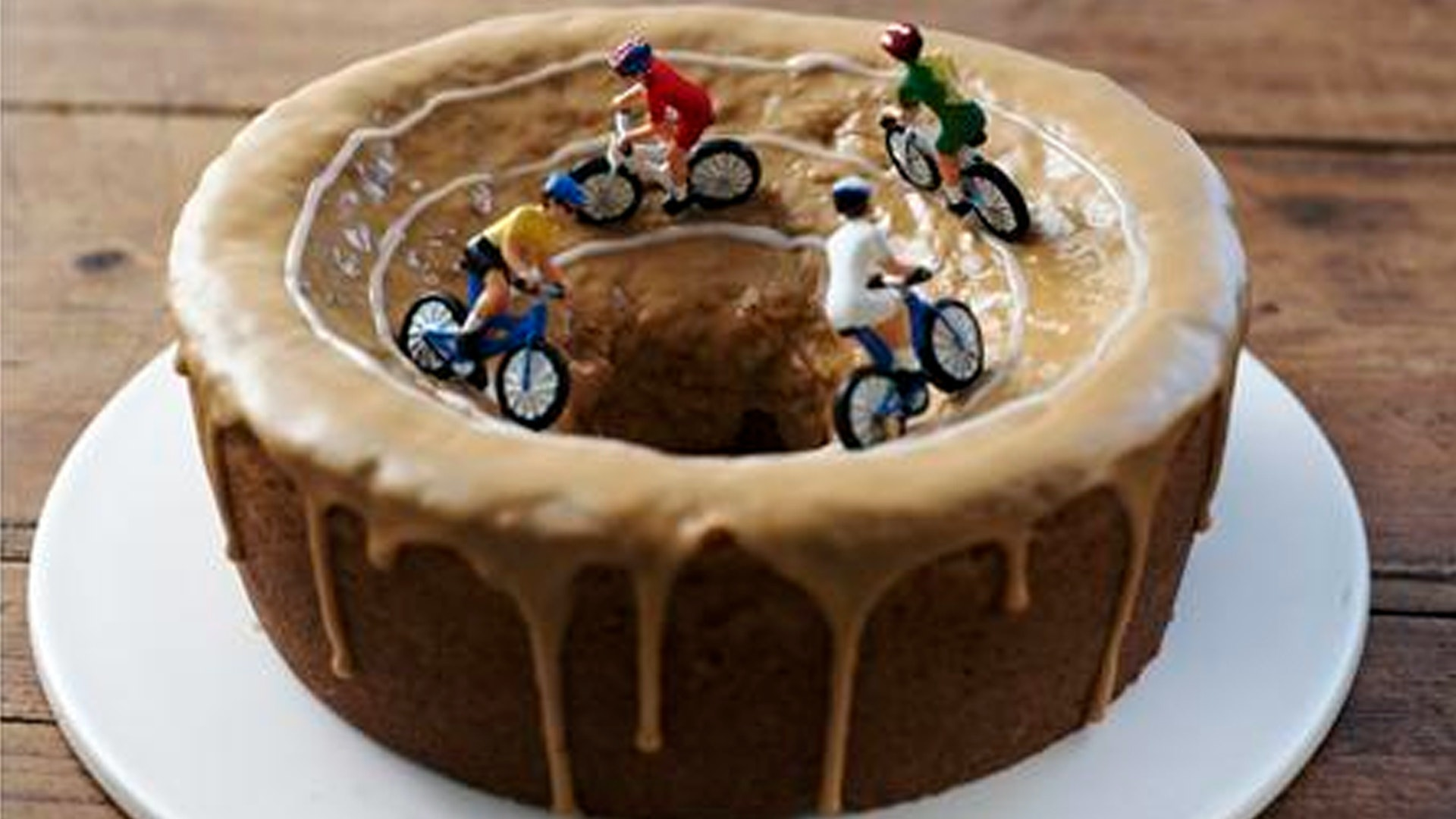 Swell Gallery Bicycle Themed Cakes Total Womens C Personalised Birthday Cards Xaembasilily Jamesorg