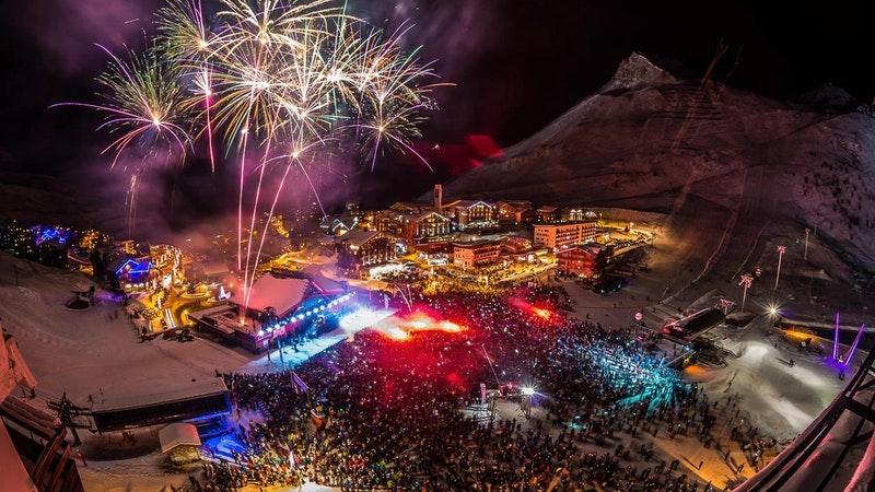 new year snowboarding