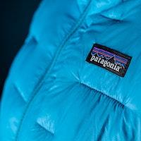 patagonia-macro-puff-hoody-jacket-snowboard-ski-mid-layer-2019-2020-2