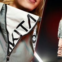 Whitelines_100_Snowboard_Outerwear_Jacket_Pants_2021_2022_Womens_Nikita_Hemlock_White_Pine_Pullover
